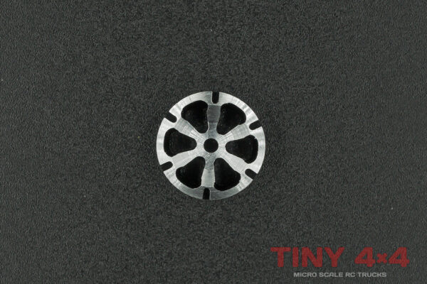 6-Spoke Alloy Wheel